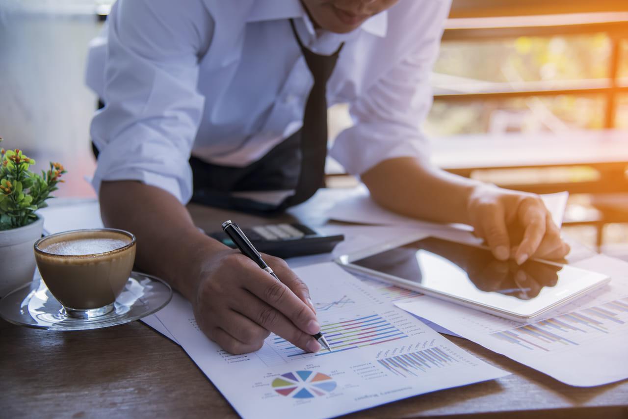 営業戦略の重要性と実際の戦術の展開について